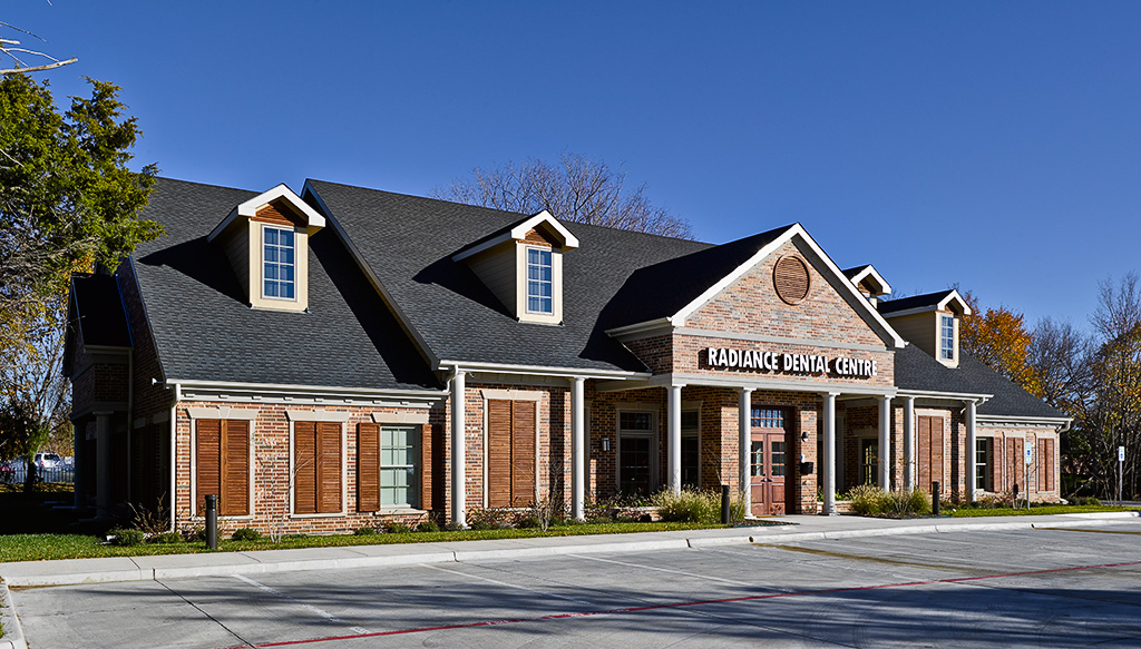 Radiance dental centre structures and interiors inc for Office design exterior
